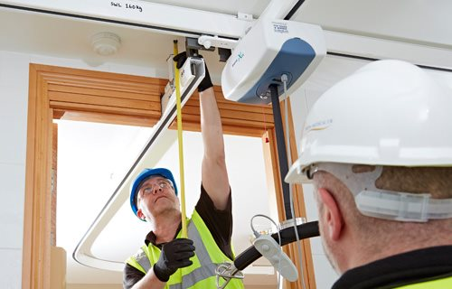 Prism Medical UK - Overhead Ceiling Hoist Systems. Creating the right environment